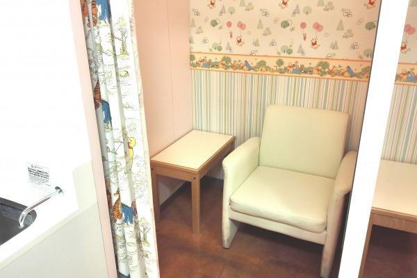 ディーズ赤ちゃんルーム授乳室