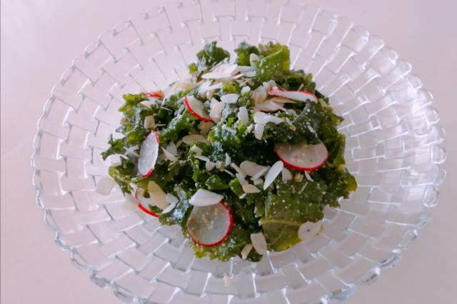 オイシックスケールのサラダ